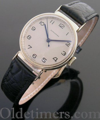 1940s 9ct gold round vintage Longines watch