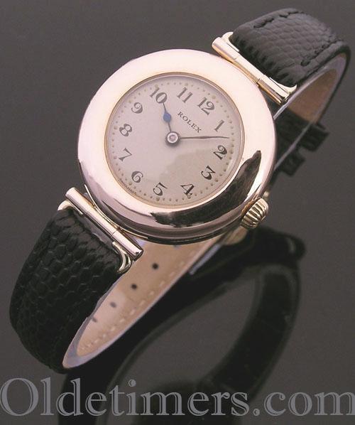 1919 9ct rose gold round ladies vintage Rolex watch (3801)