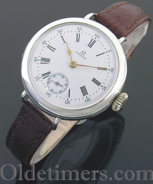 1915 silver round vintage Omega watch (3413)