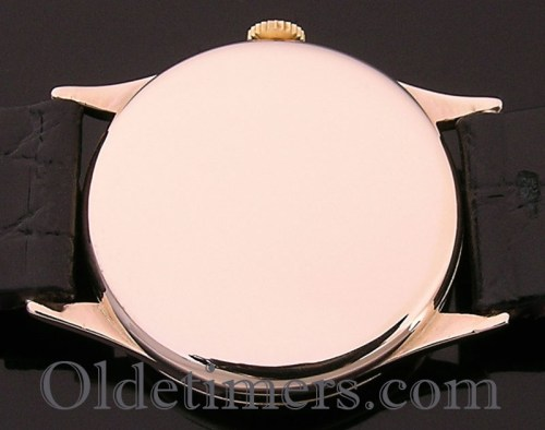 1940s 9ct gold round vintage Omega watch