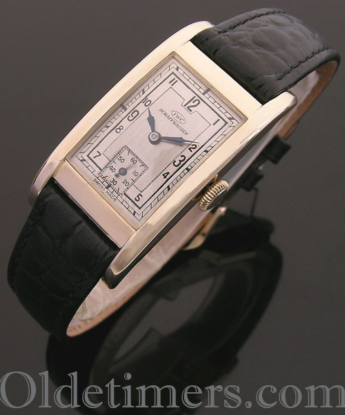 1930s 14ct gold rectangular vintage IWC watch (4043)