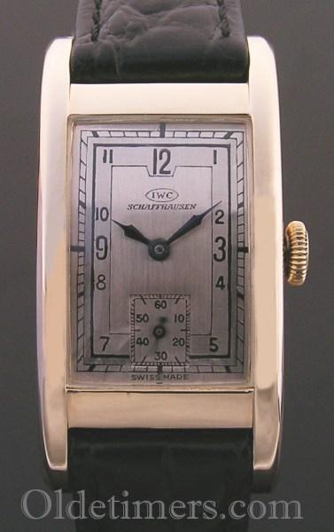 1930s 14ct gold rectangular vintage IWC watch