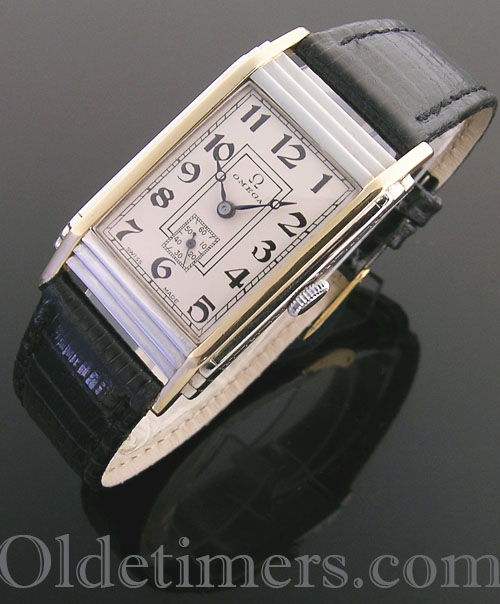 1930s 18ct two-colour gold vintage Omega watch (4084)