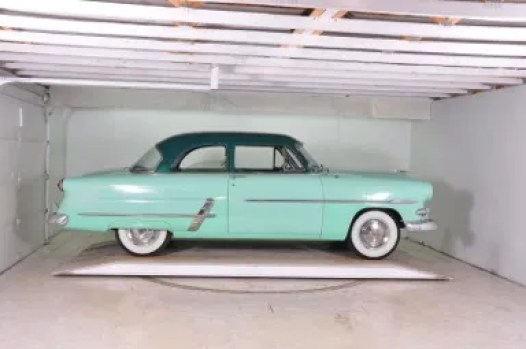 Rod's car for the Road to Mandalay rally - a 1953 Ford Crestline