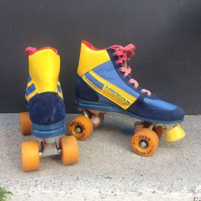 Roller skate disco 1980