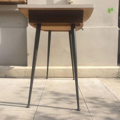 Table formica pied fuseau vintage