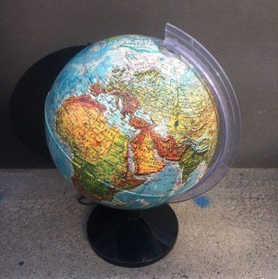 Ancien globe terrestre URSS
