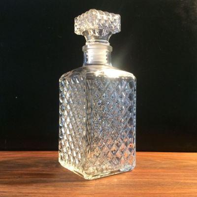 Ancienne bouteille whisky en verre vintage