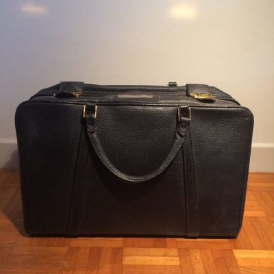 Valise rétro vintage en cuir noir