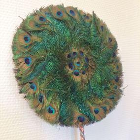 Authentique éventail en plumes de paon vintage