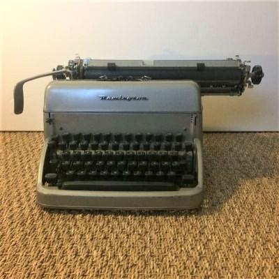 Machine à écrire mécanique Remington vintage