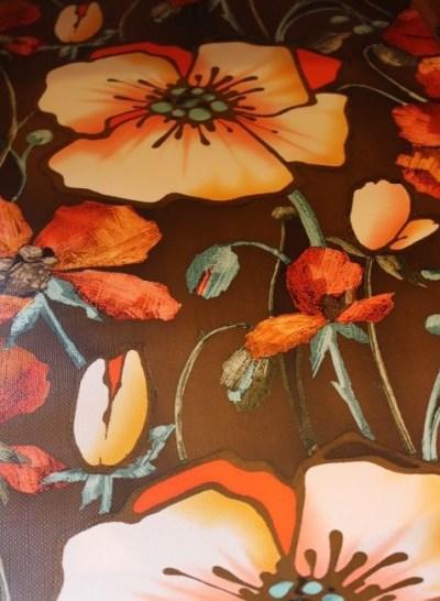 Papier peint à fleurs vintage