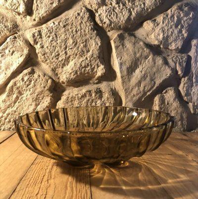 Ancienne coupe à fruits en verre ambré