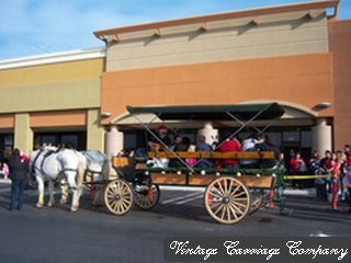 modesto-shopping-center-christmas-wagon-rides_tn