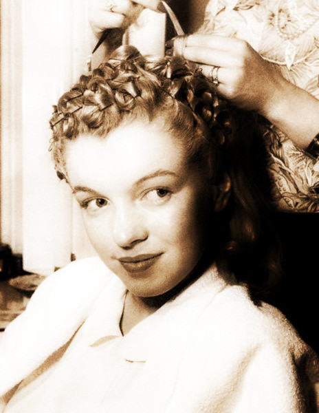 Pin Curls For Dummies 171 Skirting The Issue
