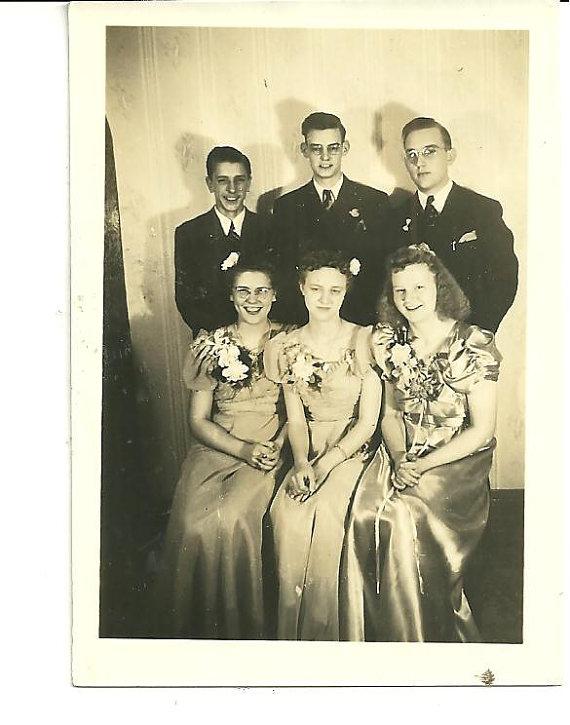 1940s prom couple