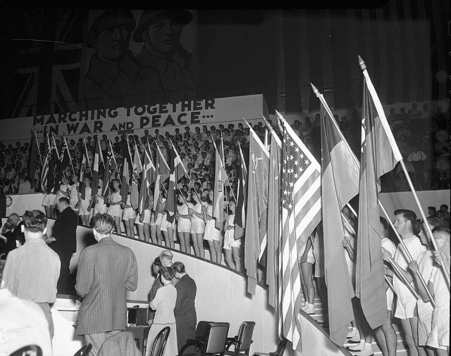 1940s Wartime Rally at Maple Leaf Gardens