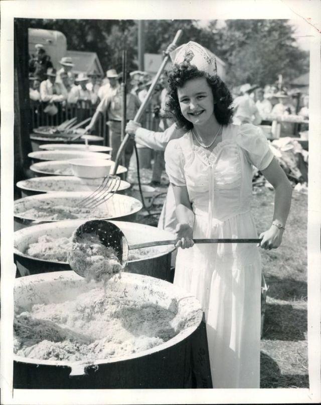 Sauerkraut Festival Queen, 1947