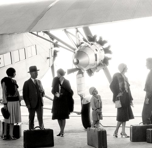 Early 1930s air travel