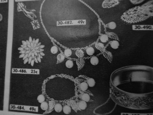 Early 1941 vintage fruit necklace in Eatons Catalogue