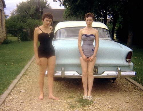 1950s women in swimsuits