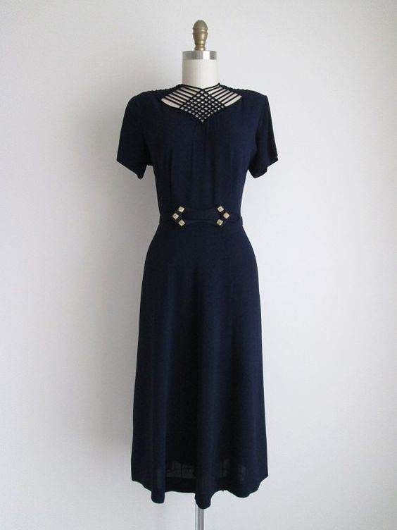 Vintage 1940s navy crepe vintage dress