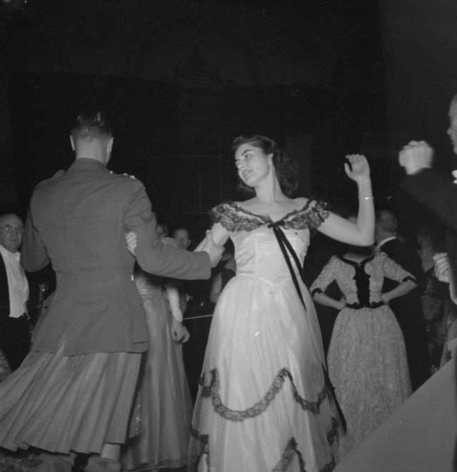 1940's canadian solider and woman dancing vintage image