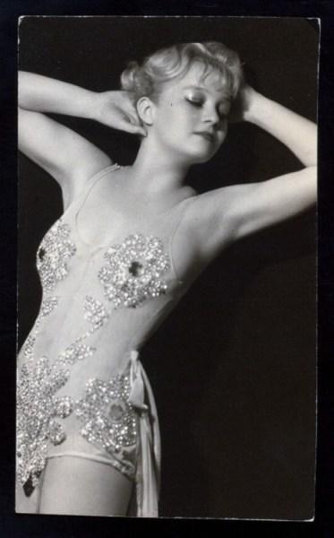 1930s Ina+Ray+Hutton