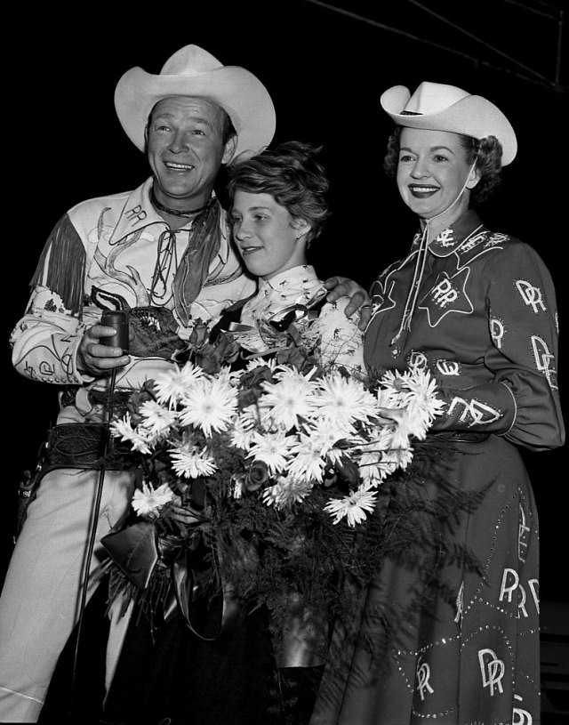 Marilyn Bell, Roy Rogers and Dale Evans