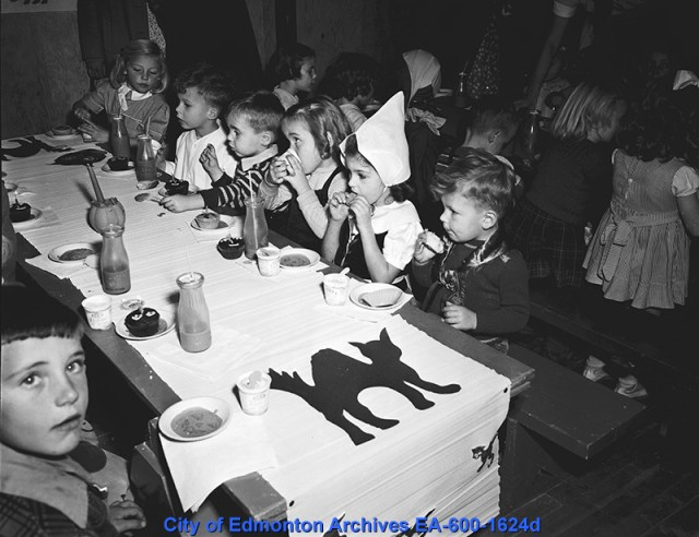 1940s Kids Halloween Party vintage image edmonton Canada