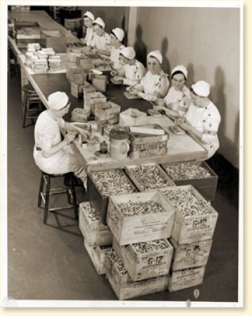 1940s canadian women on the homefront producing primers in a factory vintage image