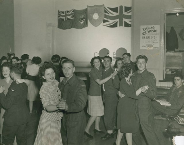 Evening of Music at the Quinpool Road Hostel-1942
