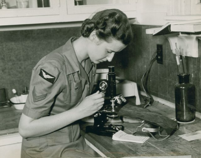 Corporal Daisy Nunn working in the hospital of the RCAF Station Dartmouth