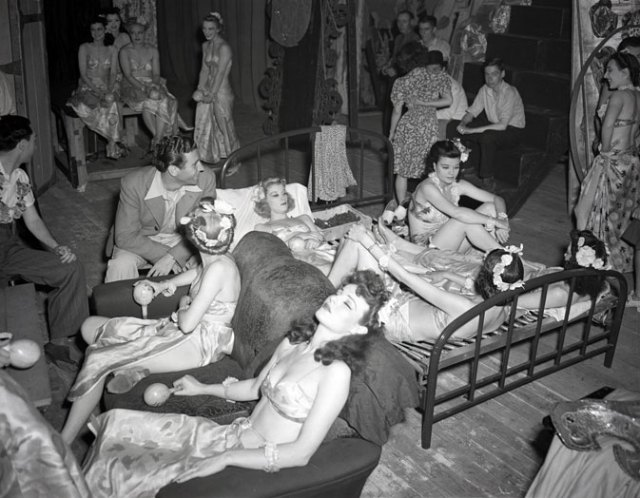 Marcus Dance Show 1941 Vintage showgirls halifax Canada vintage image