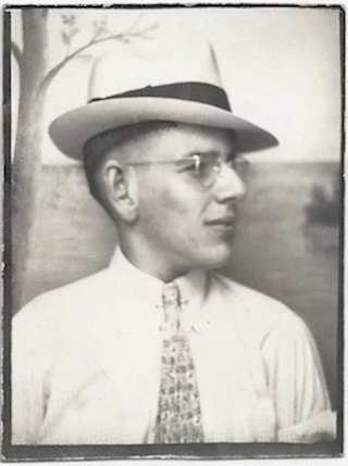 1930s photobooth vintage image of man