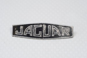 Jaguar C3367 - Hub Cap Badge