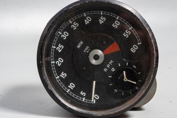 Smiths RV7413/03 - Tachometer w/ Clock, 0-6000 rpm