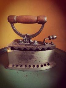 vintage kooltjes strijkijzer