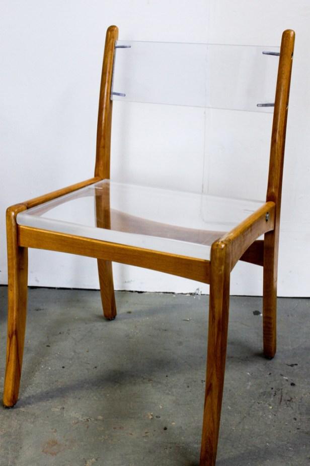 "Plexiglas-Stuhl ""Sesam"""
