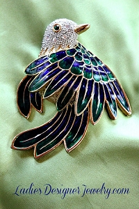636be362f5c Vintage Gold-Plate Rare Crystal Diamond Rhinestone Bird Animal Brooch Pin, Birds  Brooches Pins