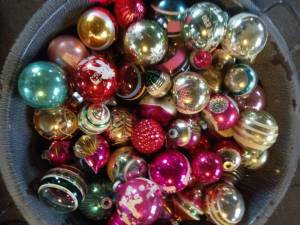 antique vintage christmas ornaments