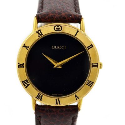 Vintage Gucci 3000.2M Quartz Gold Plated Midsize Watch