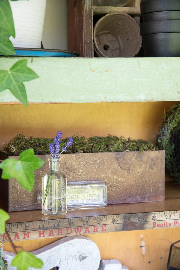 Vintage Potting Bench Diy Outdoor Extravaganza Vin