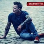 """25 ans en tant qu'artiste solo : MIKE TRAMP sort le meilleur album de TRAMP : """"Trampthologie"""" ! Ecoutez """"Take Me Away"""""""