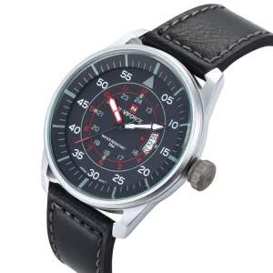 NAVIFORCE Stud Muffin Men's Leather Watch