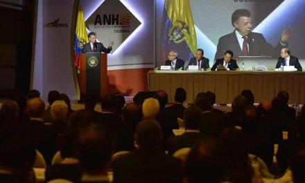 AUDIO | Al Gobierno le interesa que al sector petrolero le vaya bien, dijo el Presidente Santos en Congreso de la ACP