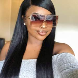 barna óriási bizsu napszemüveg
