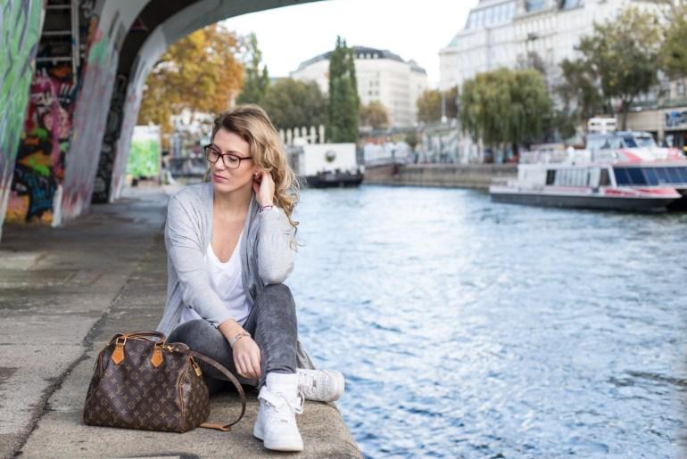michael-kors-watch-newone-Foto-by-Nadja-Nemetz-Wien-wienerblogger-blogger-fashionblogger-modeblogger-fashion-mode-outfit-brille-brillenschlange-fielmann-michaelkorsbrille-michael-kors-brille-rote-brille-optiker-1