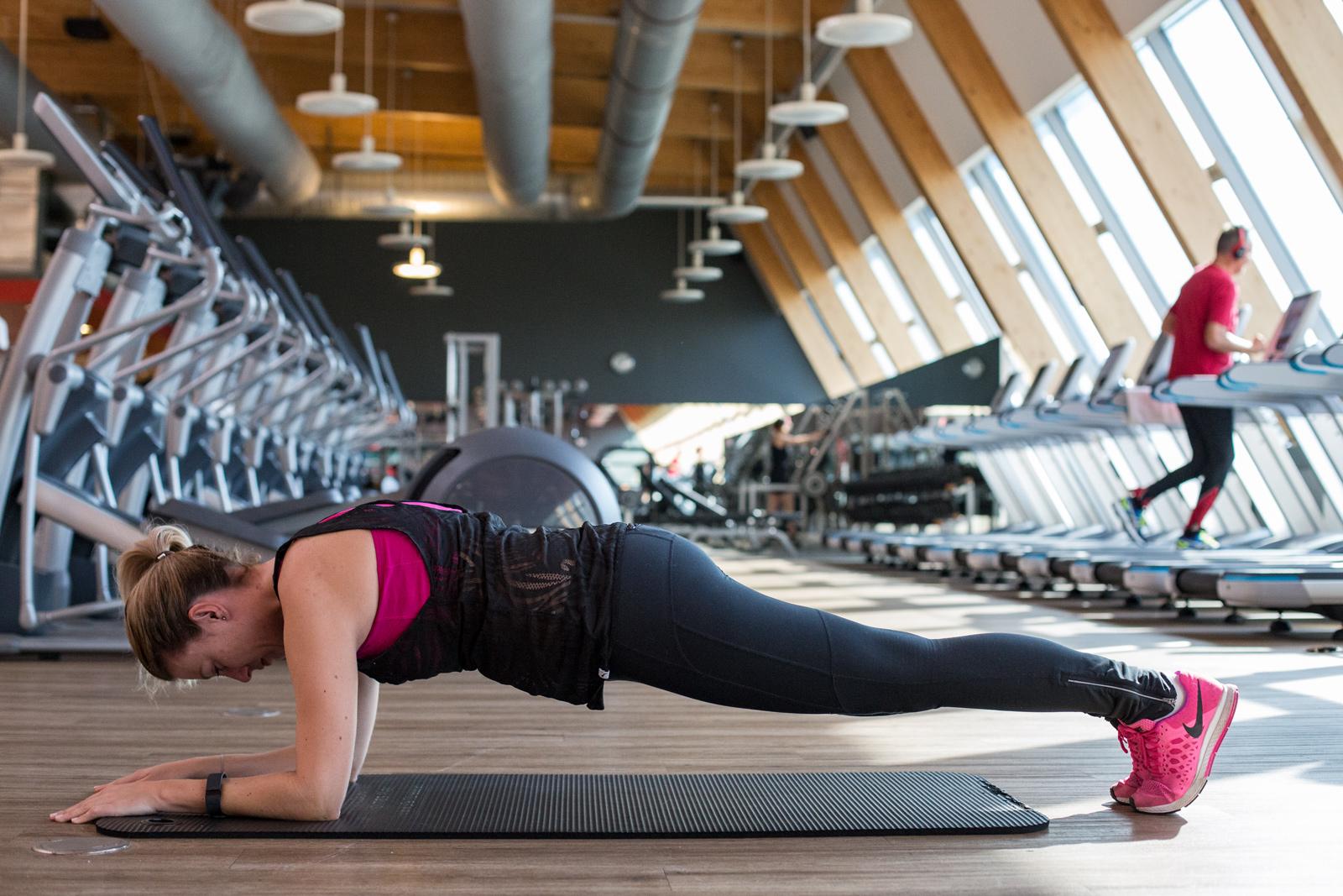 Foto-by-Nadja-Nemetz-Wien-wienerblogger-blogger-lifestyleblogger-lifestyle-fitnessblogger-sport-fitness-personaltrainer-fitnesstrainer-mazen-holmesplace-holmes-place-erfahrung-review-bodyweight-erfahrungsbericht-6