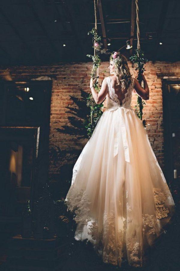 Weddings: Romantic Floral Tree Swings 1